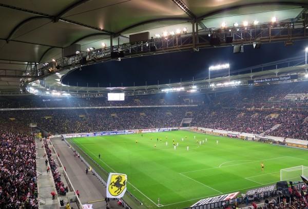 Avantajele iluminatului LED pentru stadioane