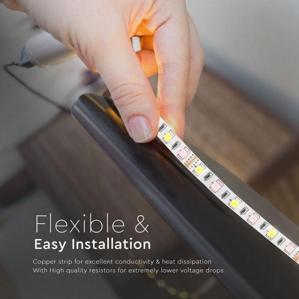 Banda LED de interior 10.8W 60 LED 12V RGBW Alb Neutru