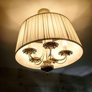 Bec LED lumanare sma...