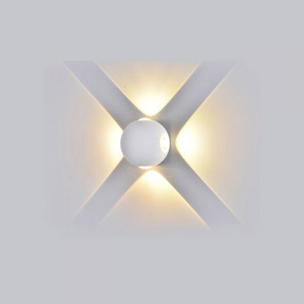 Aplica LED 4W glob Corp Alb Al...